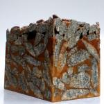 Žula, epoxid, drevené piliny 50x20x32
